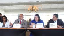 Los panelistas discuten la reforma educativa. De izquierda a derecha: Farah Jiménez (Presidente y CEO del Fondo de Educación de Filadelfia), Angel Figueroa (CEO de I-LEAD Charter School), la Dra. Darcy Russotto (Presidente de Pan American Charter School) , y Alfredo Calderón- Santini (Presidente y CEO de ASPIRA). AL DÍA News