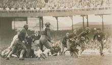Photo of the Frankford Yellow Jackets versus the New York Giants in 1929.