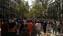 "The day after the terrorist attack, the Barcelona returned to fill the Ramblas in a show of courage and solidarity with the victims, to the sound of the clamor: ""We are not afraid."" Photo: Andrea Rodés"