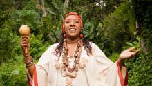 Betsayda Machado, estrella de la música popular Afro Venezolana, creció en El Clavo y se mudó a Caracas al cumplir 18. Desde entonces se ha convertido en una de las voces más importantes del país. Foto:Betsayda.com