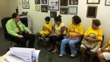 State Rep. Mark Cohen (D), the sponsor of HB1450, meets with members of Luchas Pro Licencias PA.