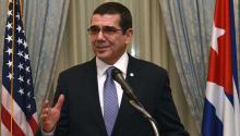 Según José Ramón Cabañas, el embajador de Cuba en Estados Unidos. Cabañas informó además que sobre 250,000 cubanos viajan a la Isla como visitantes todos los años. meridian.org