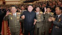 """Durante un banquete celebrado aparentemente este sábado en Pyongyang coincidiendo con el 69 aniversario de la fundación de Corea del Norte, Kim dijo que el ensayo nuclear fue una """"gran victoria ganada por el pueblo coreano a costa de su sangre"""". Fuente: EFE."""