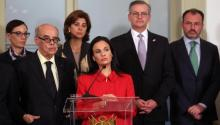Panama's Foreign Minister Isabel San Malo (c), accompanied by her counterparts from Peru, Ricardo Luna (L), Costa Rica's Manuel González (2R), Colombia's María Ángela Holguín (2L) and Mexico's Luis Videgaray of a meeting between foreign ministers and foreign ministers from 17 countries of the Americas and the Caribbean today, Tuesday, August 8, 2017, at the Torre Tagle Palace, in the historic center of Lima, Peru. EFE / Ernesto Arias