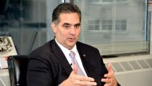 Richard Negrín es el primer hispanoen tener opciones reales de ganar una eleccióna nivel de toda la ciudad.