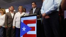 El gobernador de Puerto Rico,RicardoRosselló(c) habla durante una rueda de prensa sobre el resultado del plebiscitoel pasadodomingo 11 de junio de 2017, en la sede del Partido Nuevo Progresista en San Juan (Puerto Rico).EFE/Thais Llorca
