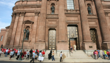 Cathedral Basilica of Saints Peter and Paul. AL DÍA News