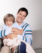 Los que son padres más jóvenes, ¿tienen más riesgo de muerte prematura?