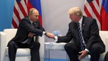 Russian President Vladimir Putin talks with US President Donald J. Trump during a bilateral meeting at the G20 summit of state and government leaders in Hamburg, Germany on July 7. 2017. EFE/MICHAEL KLIMENTYEV