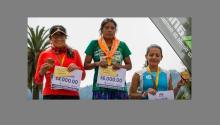 A woman from Mexico's Tarahumara indigenous community has won a 50km (31 miles) ultramarathon wearing sandals. FOTOGRAPHIX