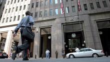 Fotografía de archivo del pasado 16 de abril de 2010 que muestra una vista exterior de la sede de Goldman Sachs, en Nueva York (Estados Unidos).EFE/Gino Domenico