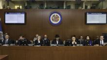El Gobierno deVenezuelaanunció anoche que dejará la Organización de Estados Americanos (OEA) por haberse convocado una reunión de cancilleres sobre la crisis política del país pese a su oposición frontal a esa sesión.EFE/Juan Manuel Herrera
