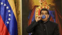 El Presidente deVenezuela, Nicolás Maduro, ofrece una rueda de prensa con medios de comunicación internacionales elmartes 22 de agosto de 2017, en el Palacio de Miraflores en Caracas (Venezuela).EFE/Cristian Hernández
