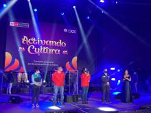 """Representatives of the government and the Municipality of Lima greeted the audience during the """"Activando la Cultura"""" concert. Photo from the twitter of the Ministry of Culture."""