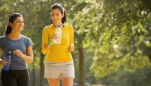 Durante la época de verano es necesario hidratarse confrecuencia. Fotografía: Getty