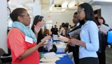 The AL DÍA Diversity Career Fair attracted hundreds of professional applicants last year. This number is expected to grow on April 27th, 2016, the 15th Anniversary of the annual event, as AL DÍA will bring to the PA Convention Center CEOs from the major corporations to meet the diverse talent attracted to the City of Brotherly Love. (AL DÍA Photo File).