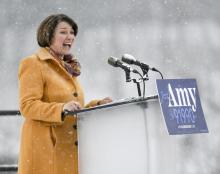 Democratic Senator from Minnesota, Amy Klobuchar, announces on a snow covered stage that she is running for President of the United States in Minneapolis, Minnesota on Feb. 10 2019. Photo: EFE/EPA/CRAIG LASSIG.