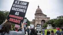 Protestas en el Capitolio de Texas en abril. Photo: AP