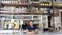 El chef Carlos Aparicio es originario de San Mateo de Ozolco, en Puebla, México. Ha trabajado en la industria restaurantera de Filadelfia por 17 años. Ana Gamboa/AL DÍA News