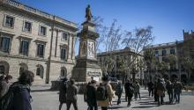 Plaza de Antonio López, en Barcelona. / Joan Puig.El Periódico.