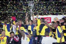 Colombia's 2001 championship-winning national soccer team. Photo Courtesy of athlet.org.