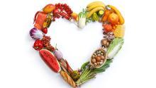 Cuidar lo que comemos y fijar algunos hábitos saludables pueden mejorar de forma considerable el estado de nuestro corazón, así como disminuir los riesgos de sufrir una enfermedad.