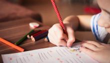 Este trastornose empieza a observar cuando los niñosse enfrentan a lastareasdel colegio. Foto: Pixabay