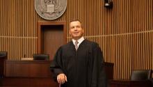 Luis Felipe Restrepo juró el cargo de juez de la Corte de Apelaciones del Tercer Circuito en 2016.