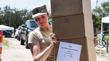 El Ejército y el FEMA organizaron el envío de ayuda a Puerto Rico y las Islas Vírgenes de los Estados Unidos después del huracán María. (Crédito de la foto: foto del ejército de EE. UU. Por el sargento de Estado Erica Knight)