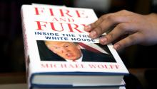 """""""Fire and Fury"""", el reciente y polémico libro sobre el presidente, Donald Trump. EFE"""