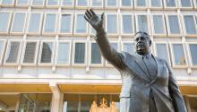 Frank Rizzo statue. Samantha Laub/AL DÍA News