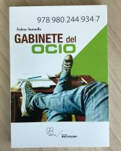 """El gabinete del ocio,"" by Venezuelan author Fedosy Santaella, is a collection of essays that was recently published."