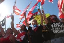OLD SAN JUAN, PUERTO RICO - JULY 17: Manifestantes demandan que el gobernador de Puerto Rico, Ricardo Rosselló, renunciesu puesto el 17 del julio en frente del Capitolio después de las revelaciones del lenguaje misógino y abusivo de un grupo privado de Telegram de él y sus asesores. Foto: Getty Images