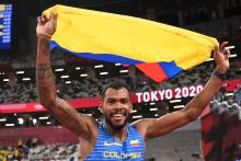 Anthony Jose Zambrano of Team Colombia reacts after winning the silver medal in the Men's 400m Final on day thirteen of the Tokyo 2020 Olympic Games at Olympic Stadium on August 05, 2021 in Tokyo, Japan. Photo:Matthias Hangst/Getty Images.