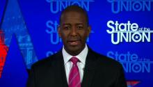 The candidate for the governorship of Florida, Andrew Gillum, defends himself against racist attacks. Source: CNN.