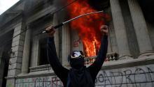 Las protestas terminar con 42 detenidos.Photo: EFE