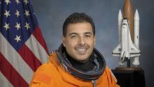 El ex-astronauta de la NAA José Hernández.