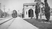 Situado en la calle Figueroa North, el Centro de Arte Público se construyó en 1923 como tienda minorista. Pero su función fue mucho más inspiradora.Photo: Telemundo52