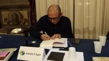 El escritorcolombiano Antonio Ungar, casado con una palestina y residente en Israel, durante la presentación de su última novela en Barcelona, el pasado mes de enero. Foto: Andrea Rodés