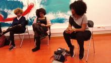"""La blogger colombiana Cirle Tatis se reunió en Barcelona con un grupo de seguidoras de su canal YouTube """"PeloBueno"""", desde donde busca empoderar y educar a las mujeres negras para que dejen de alisarse elpelo. Foto: Andrea Rodés"""