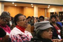 An attendee asks a question to a panel during Nov. 9's Action Summit held by Philly Counts 2020 at South Philadelphia High School. Photo: Nigel Thompson/AL DÍA News.