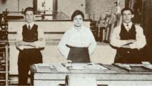 Idár en 1914 en la imprenta del periódico El Progreso en Laredo, Texas. Photo:General Photograph Collection/UTSA Libraries Special Collections.