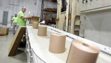 Instalaciones de South Florida Tissue Paper en Miami Gardens. Miami Herald.