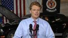 El Representante de Massachusetts, Joe Kennedy III, da un discurso en respuesta al Estado de la Unión de Donald Trump.