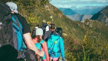 Latino Outdoors es una organización sin fines de lucro que promueve la actividad físicaal aire libre entre la comunidad latina. Foto: Pxhere