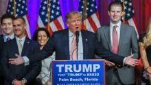 CoreyLewandowski, on the left, is Donald Trump's campaign manager. Photo: EFE