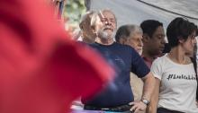 Former president Luiz Inácio Lula da Silva (2003-2010) took 28 million Brazilians out of poverty and raised the image of the country abroad, but now, almost a decade later, the metalworker will go down in history as the first president of Brazil imprisoned for corruption. EFE / Sebastião Moreira