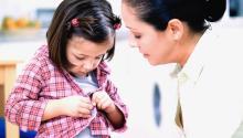 Los padres y madres de familiapueden desempenar un rol protagónico en la educación inicial de sus hijos. Archivo.