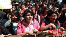 On Wednesday, tens of thousands of demonstrators brought parts of Mexico City to a standstill as protesters demanded more action from federal authorities. EFE