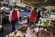 Tienda de comestibles en el barrio chino de Oakland. FOTOGRAFÍA: Stephen Lam/San Francisco Chronicle
